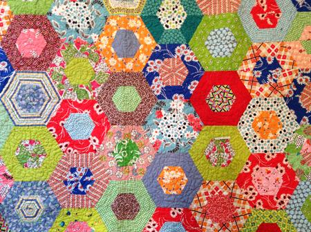 How to Combine Quilting Fabrics: Let Go! » Stash Bandit : merry go round quilt - Adamdwight.com